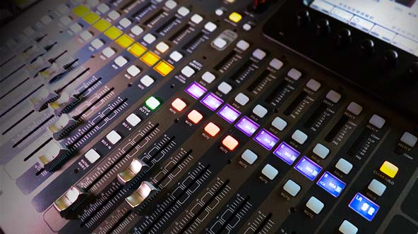 Mesa de mezclas digital Behringer X32