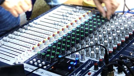 Mesa de mezclas en detalle